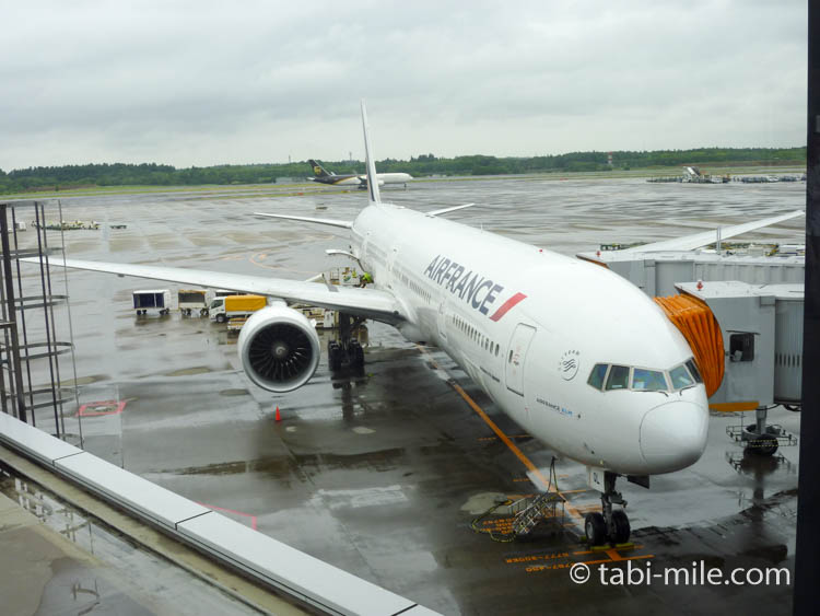 成田空港に駐機するエールフランス