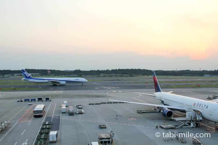 成田空港展望デッキからの景色