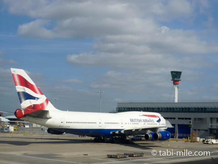 ロンドン・ヒースロー空港に駐機するブリティッシュ・エアウェイズ