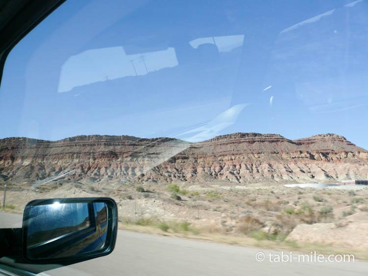 グランドキャニオン レンタカーからの車窓