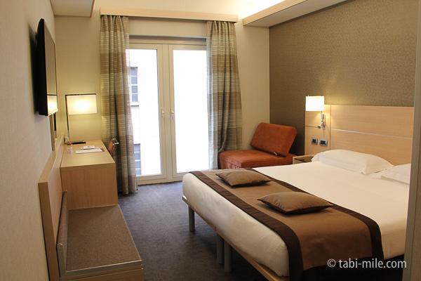 IQホテル 室内