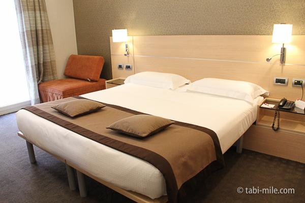 IQホテル ベット
