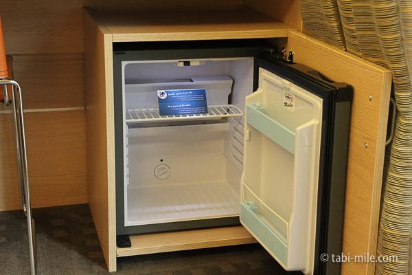 IQホテル 冷蔵庫