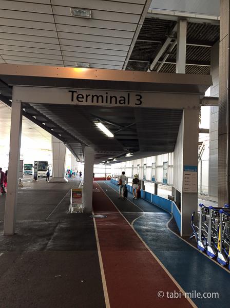 羽田空港第3ターミナル歩道入り口2