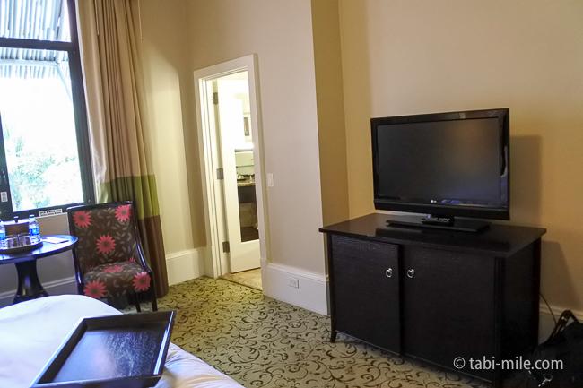 ハワイロイヤルハワイアンホテル部屋テレビ