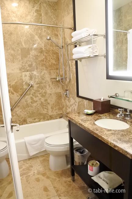 ハワイロイヤルハワイアンホテル部屋バスルームトイレ