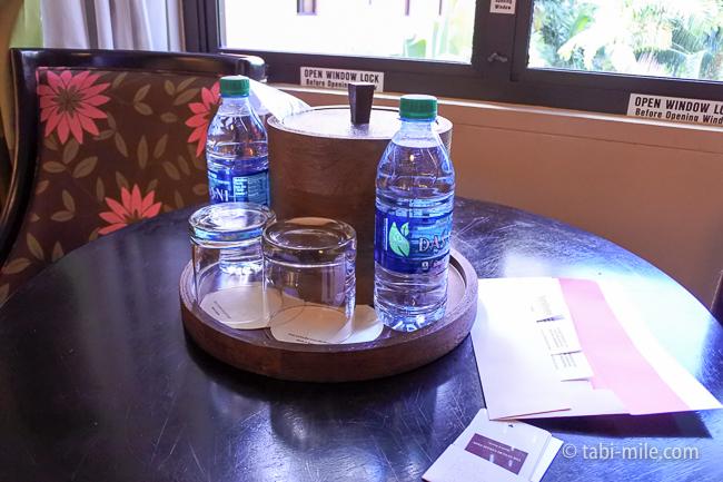 ハワイロイヤルハワイアンホテル部屋水サービス