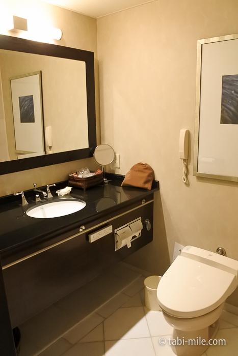 シェラトン都ホテル東京部屋洗面所
