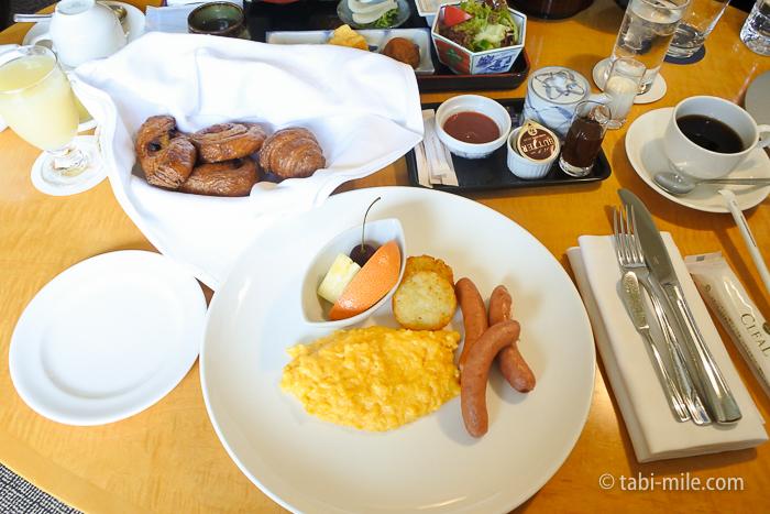 シェラトン都ホテル東京朝食ルームサービス洋食