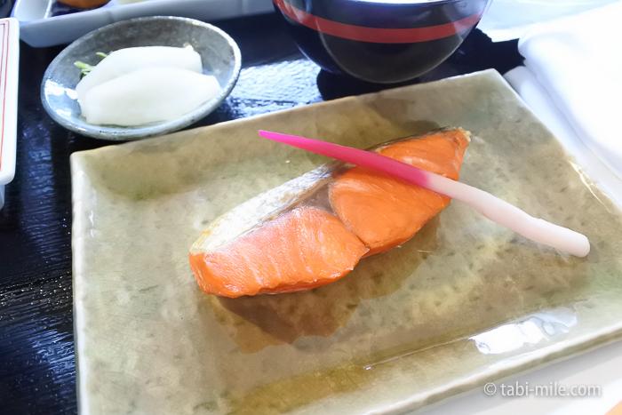 シェラトン都ホテル東京朝食ルームサービス和食焼き魚