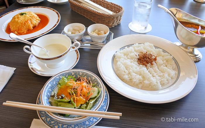 ホテルシーサイド江戸川レストランランチカレー2