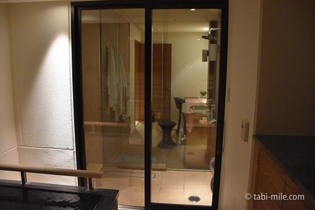 鬼怒川金谷ホテルグレードアップ和室バスルーム外夜