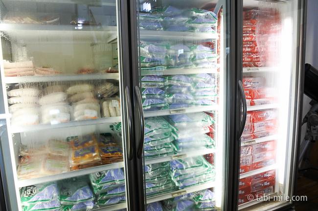 無印良品カンパーニャ嬬恋キャンプ場センターハウス売店氷