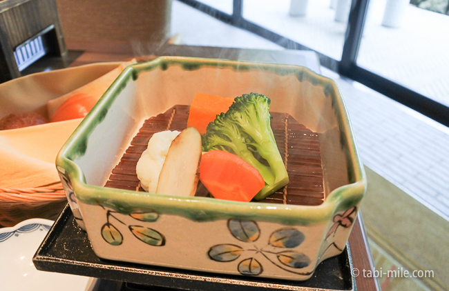 鬼怒川金谷ホテル朝食洋食蒸し野菜