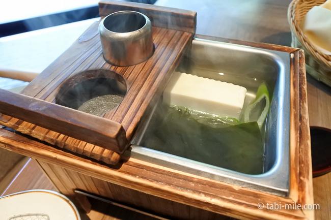 鬼怒川金谷ホテル朝食和食湯豆腐