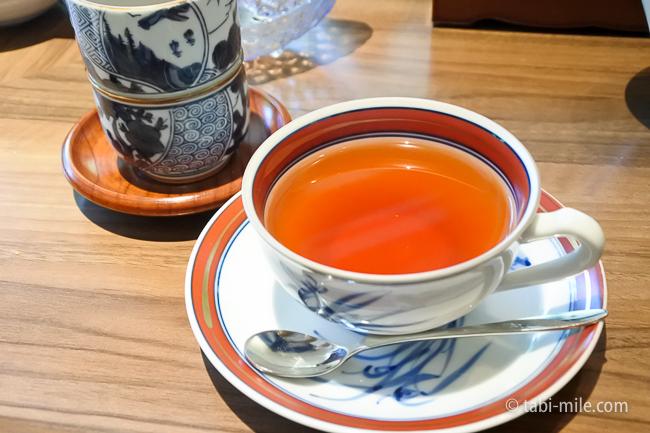 鬼怒川金谷ホテル朝食紅茶