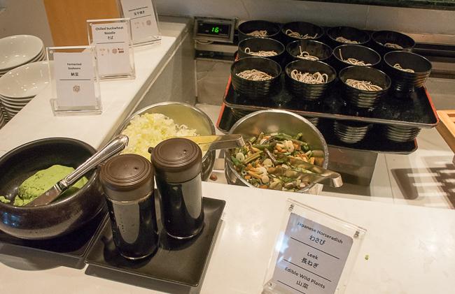 ヒルトン東京ベイ朝食ビュッフェ山菜そば