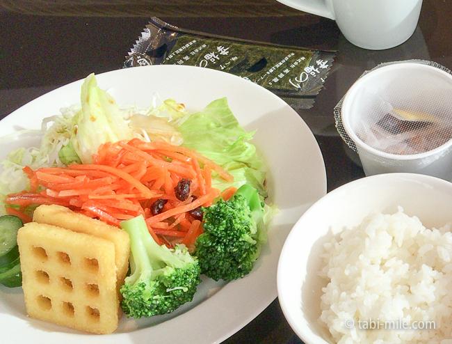 ヒルトン東京ベイ朝食ビュッフェサラダ