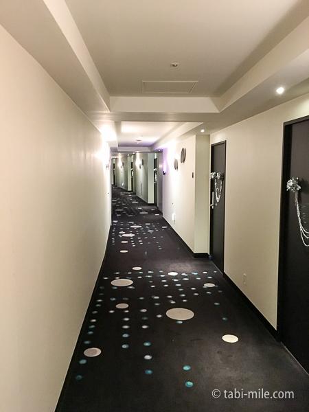 ヒルトン東京ベイ部屋セレブリオ廊下