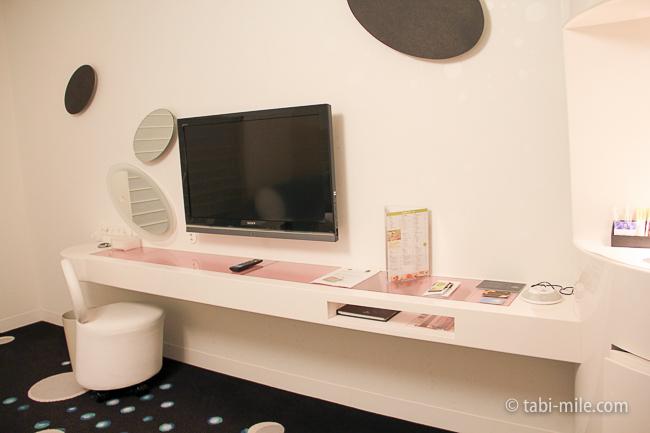 ヒルトン東京ベイ部屋セレブリオテレビ化粧台