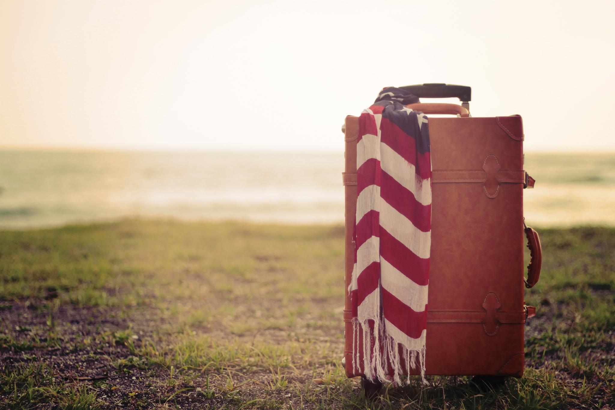 女性用スーツケース画像