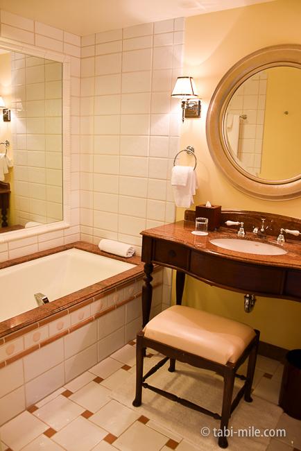 カハラホテル部屋オーシャンビュー洗面台バスタブ