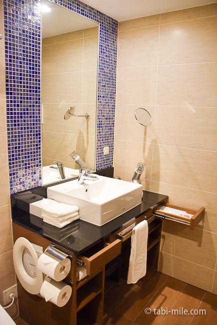 シェラトングランデ東京ベイ部屋オーシャンドリームルーム洗面台鏡