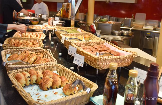 シェラトングランデ東京ベイグランカフェ朝食ビュッフェデニッシュ