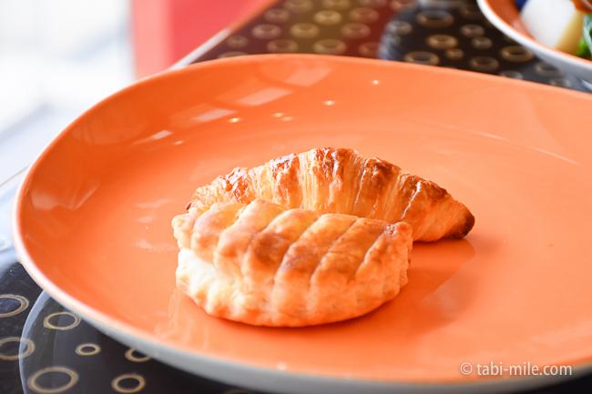 シェラトングランデ東京ベイグランカフェ朝食ビュッフェクロワッサンアップルパイ