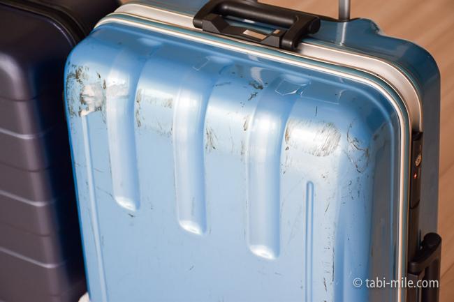 無印良品スーツケース スーツケースの傷