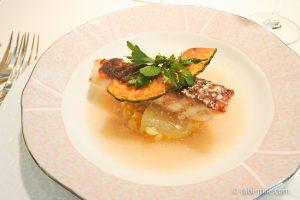 オテル・ドゥ・ミクニランチ魚料理真鯛冬瓜リゾット
