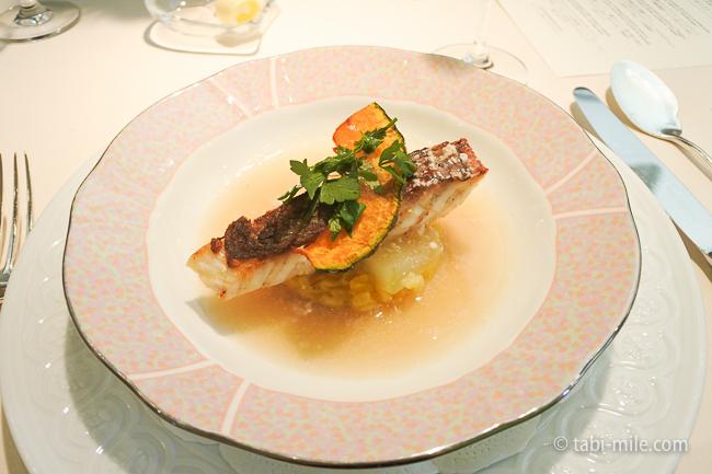 オテル・ドゥ・ミクニランチ魚料理真鯛