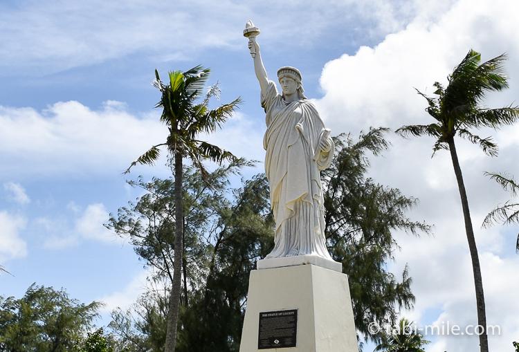 ハガニア地区自由の女神像小さい