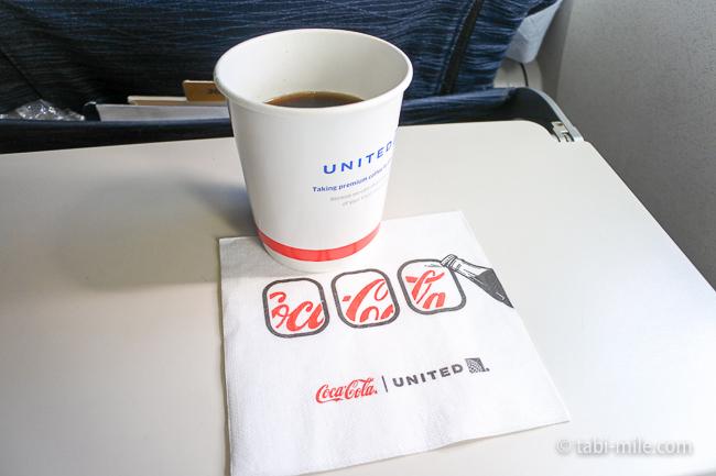 ユナイテッド航空グアム機内食ドリンク