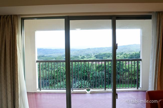 レオパレスリゾートグアム部屋コンドミニアム棟窓景色