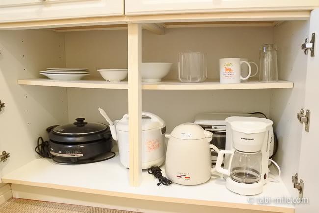 レオパレスリゾートグアム部屋コンドミニアム棟キッチン棚