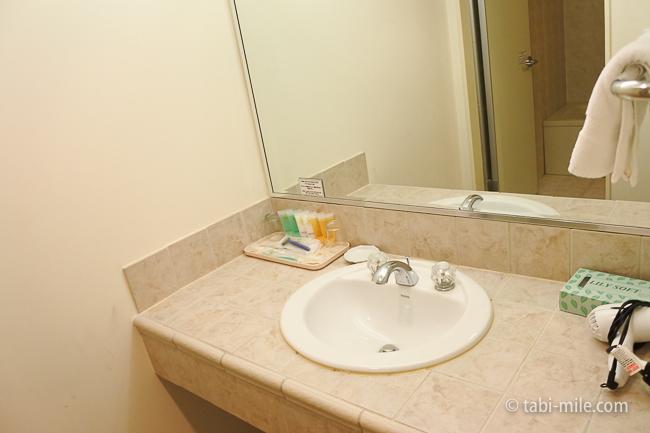レオパレスリゾートグアム部屋コンドミニアム棟洗面台