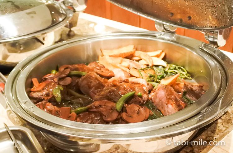 ホテルニッコーグアム マゼランブッフェ お肉のソテー