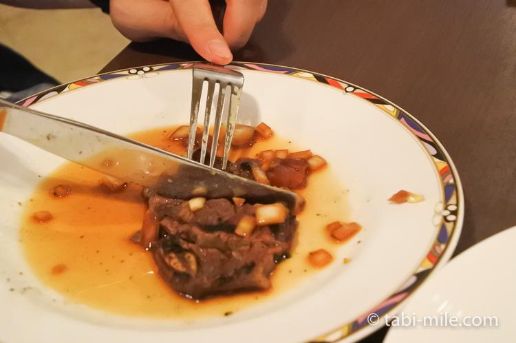 ホテルニッコーグアム マゼランブッフェ グリルビーフ美味しい