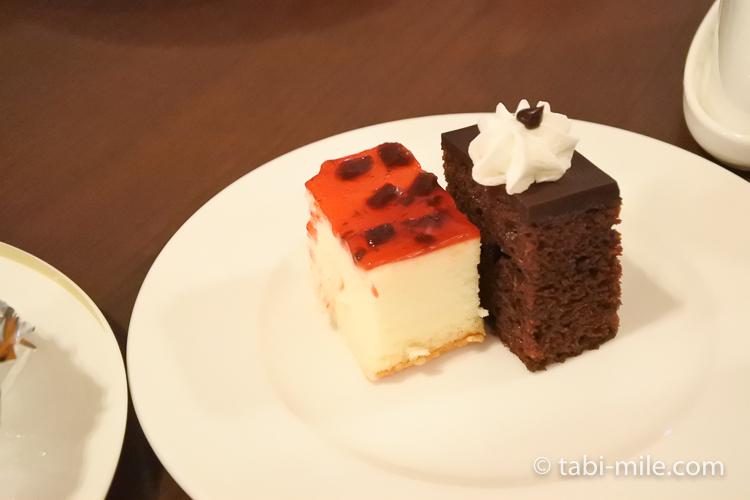 ホテルニッコーグアム マゼランブッフェ ケーキ盛り合わせ3