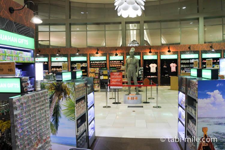 グアム空港ロッテ免税店 地元土産コーナー