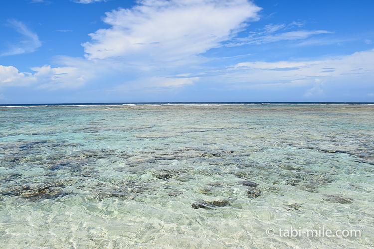グアム旅行 ココパームガーデンビーチ 澄んだ海