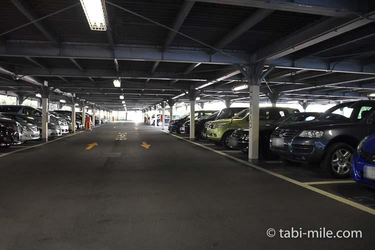 ホテルオークラ東京ベイ 駐車場 中の様子