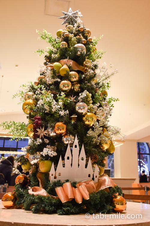 ホテルオークラ東京ベイ 小さなクリスマスツリー 夜
