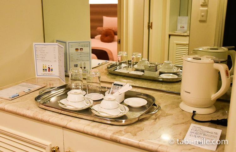 ホテルオークラ東京ベイ デラックスルーム ティーセットポット