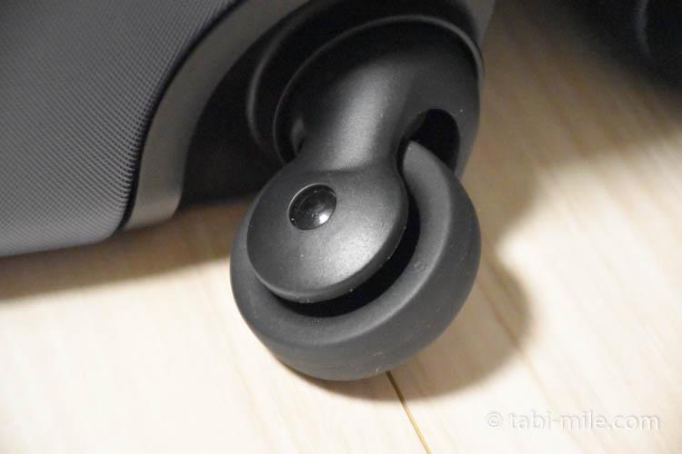 キャリーバーの高さを自由に調節できるストッパー付きハードキャリー(33L)09