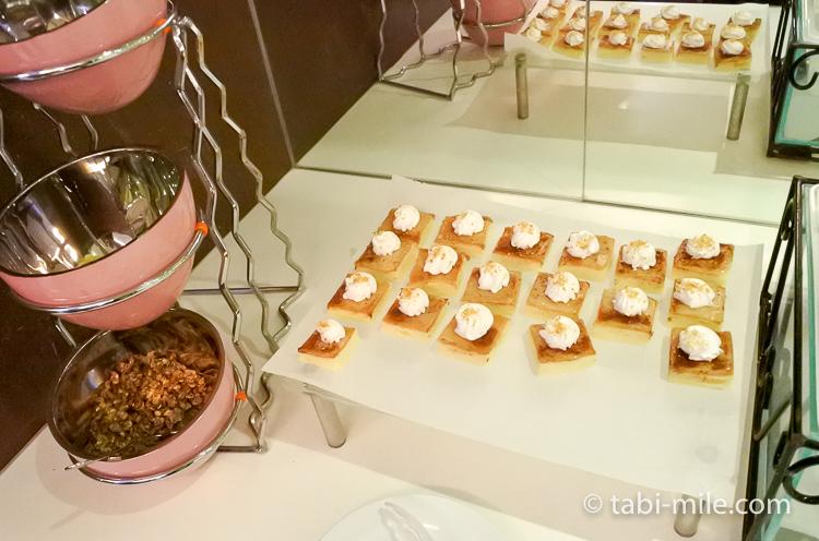 グアム国際空港 サガンビスタラウンジ お菓子類