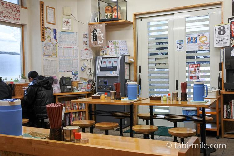 青森旅行 くどうラーメン 店内3