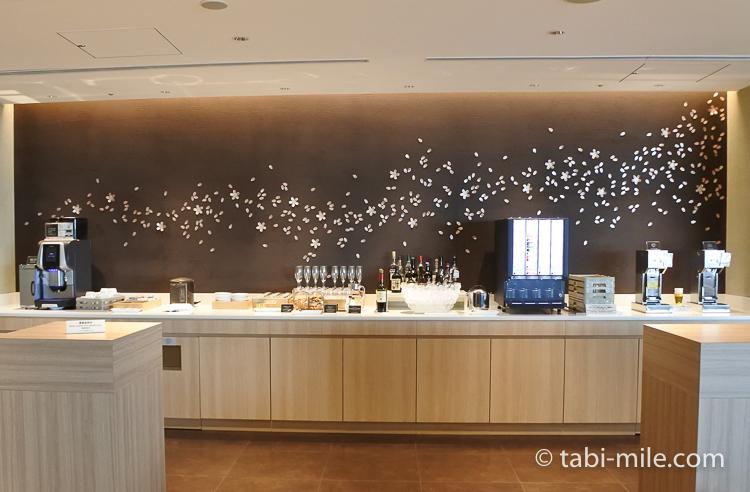 羽田空港国際線ターミナル JALサクララウンジ 5階バーカウンター