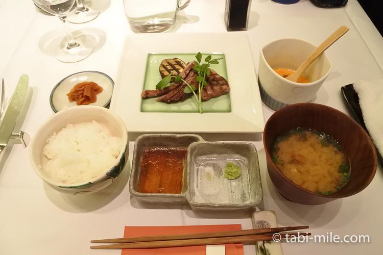 銀座栃木屋本店 サーロインステーキ ご飯味噌汁